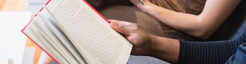 Los beneficios de la lectura de libros de ficción